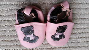 New never worn baby shoes