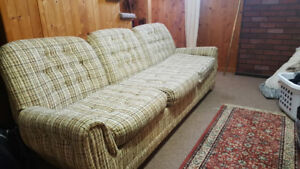 ***[Older  Plaid Couch/Chair Set]***