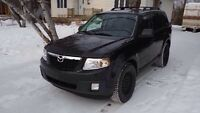 Mazda Tribute V6 - 2011 en excellente condition