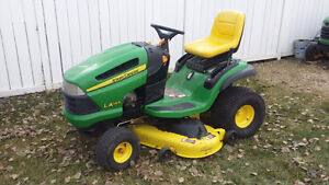 John Deere lawn tractors for sale!  GOING...GOING... GONE!!