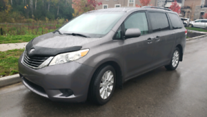 2011 TOYOTA SIENNA LE AWD BACK UP CAMERA BLUETOOTH 116348 KM