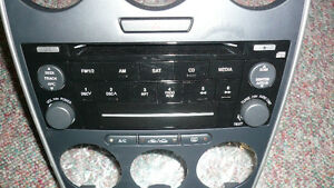 2008 MAZDA 6 STEREO and Full DASH CONSOLE - MINT