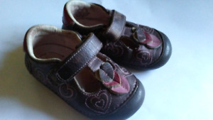 Geox toddler  size 4 - 5 leather shoes