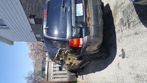 2005 Ford Escape SUV, Crossover