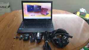 Acer Aspire 5742+Wrless. Mouse, 1 Eth. Cord, & Headrush Headset