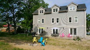 Grand Bend modern 6 bedroom cottage walk to the beach and strip