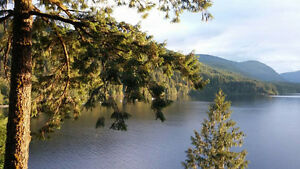 Sproat Lake Waterfront Vacation Home Rentals