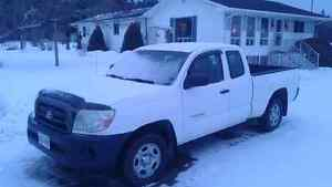 2005 Toyota Tacoma Pickup Truck PRICE REDUCED