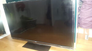 50' Flat Screen TV - RCA