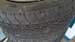 4 pneus 21560R15 Toyo + Mags