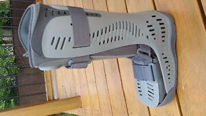 Botte de marche (M) Ossur Air Boot - ALMOST NEW