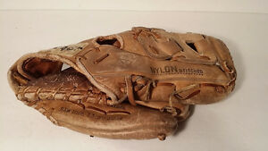 Cooper professional diamond deluxe baseball glove for left hand