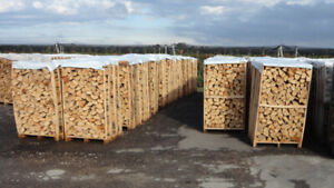 DRY SPLIT FIREWOOD PRICE START LOOSE $375 CRATED $450