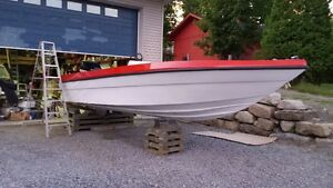 Hydroyatch 21.5' 300XS Mercury