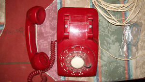 NORTHERN TELECOM RED PHONE WORKS AS NEW