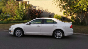Ford fusion tres propre