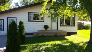 For Sale 120 Water St. Wallaceburg, Ontario   $195,000