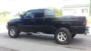 2001 Ram 1500 4x4 trade for suv or cash