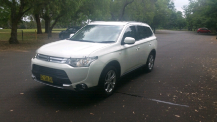 2014 Mitsubishi outlander AWD 2.4 St Marys Penrith Area Preview