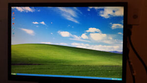 """Used 22"""" LG LCD Monitor with HDMI for Sale Cambridge Kitchener Area image 1"""
