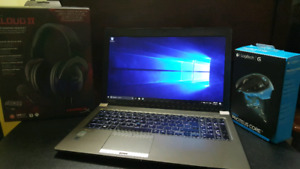 Toshiba Laptop with Peripherals