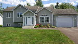 IMMACULATE HOME FOR SALE IN DIEPPE!!