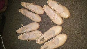 Tap shoes sizes 5, 8, 9, 10