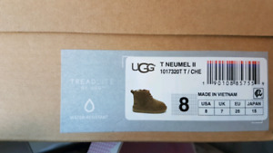Neumell II Ugh Toddler 8 winter boot like new in box