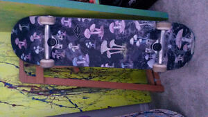 Skateboard (gently used)