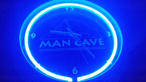 Awesome Neon mancave 3D Chrome clock works perfect! only 39$....