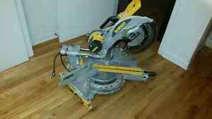 "DeWalt MITRE SAW WITH LONG STAND - 12"" - 15 A for sale"