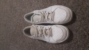 Men's size 12 Jordan runner