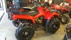 2008 Can-am Outlander 800xt low low miles!