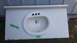 Vanity top with sink
