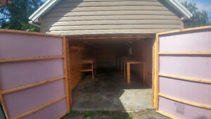 Craftsman's shed for rent