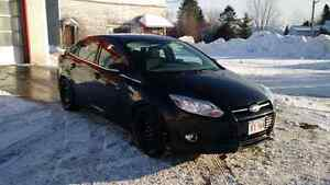 2012 black Ford Focus SEL