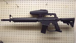 Tippmann Bravo paintball gun