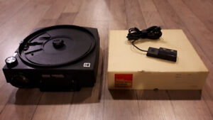 Kodak 760H Carousel Slide Projector with Tray and Remote
