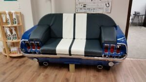 1967 FORD MUSTANG COUCH