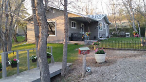 Lake living. 1/2 hour from Regina. Year round, fully furnished,