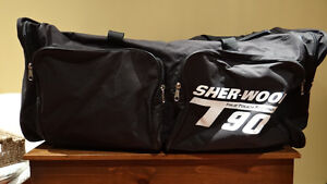 Sherwood Sports Equipment Bag Kitchener / Waterloo Kitchener Area image 1
