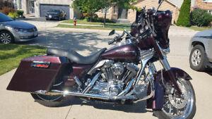Harley davidson custom street glide