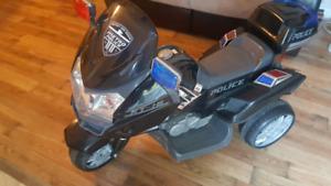 Moto de police pour enfant électrique 6V
