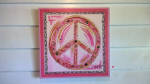 Peace Sign Canvas Picture (in Tisdale)