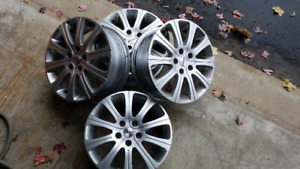 4 MOMO RIMS 16 inches 5 bolts. 5x100 bolt pattern