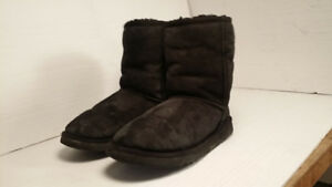UGG - authentic - bottes - femme taille 7
