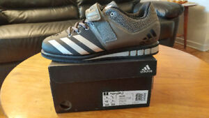 Addidas lifting shoes Souliers Addidas pour dynamophilie.