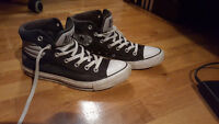 CONVERSE black and white, with padded collar, size 9 (men's)