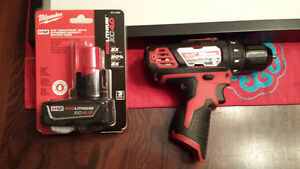 Milwaukee M12 drill/driver + extended battery - PRICED REDUCED Strathcona County Edmonton Area image 1