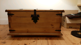 Storage trunk/coffee table